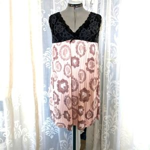 Night gown-Slip 4 <$10-items for $20